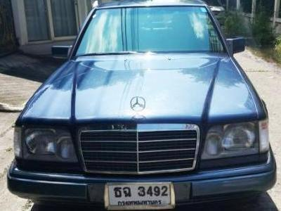 Mercedes benz e280 w124 2 8 at seda 1994