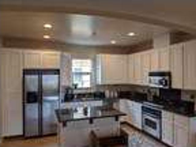 Military Only Room For Rent In Modern Two Br/2.5 Ba Townhome