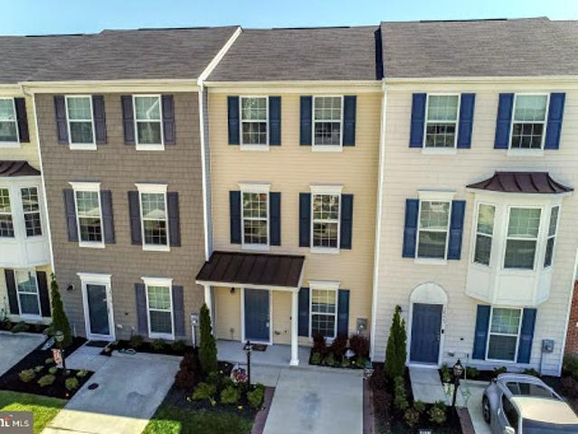 Millsboro Three Ba, Privacy Fence And Back Deck With Three Br!