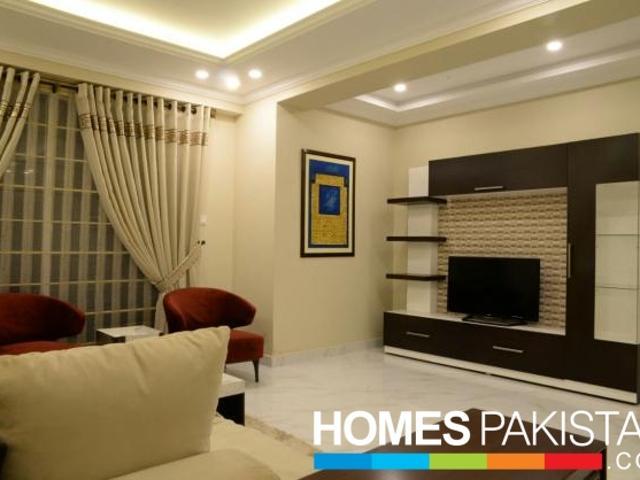 Minara 1050 Sq Ft Luxury Apartment For Sale