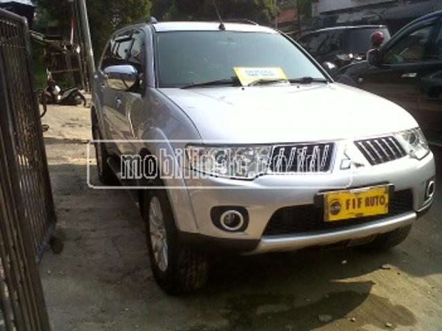 Mitsubishi pajero sport 2wd exceed pajero 2 5 exceed at