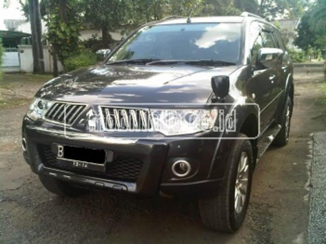 Mitsubishi pajero super exceed at super exceed 4x2