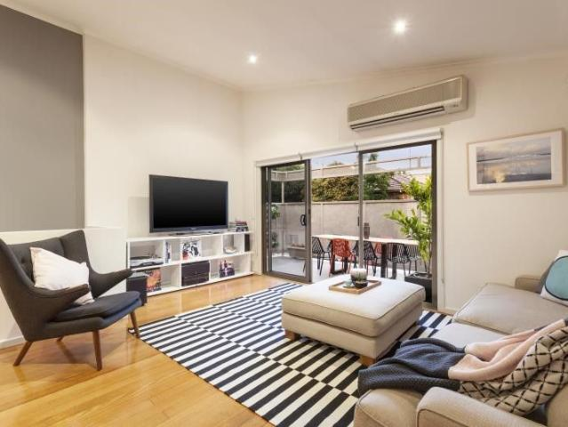 Modern Comfort With Open Plan Flair