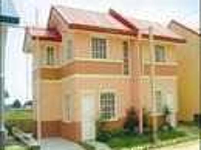 Montecarlo Townhomes Duplex With Garage