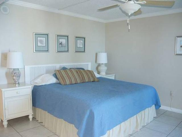 Monthly White Sand Beaches, Emerald Green Water, Perfect Location Pensacola Beach