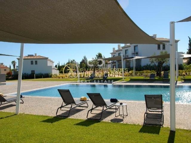 Moradia Em Banda Moderna De 2 Quartos Em Resort Exclusivo 114m² Lagoa E Carvoeiro