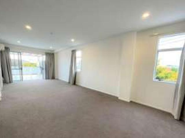 Mount Roskill Sunny Apartment