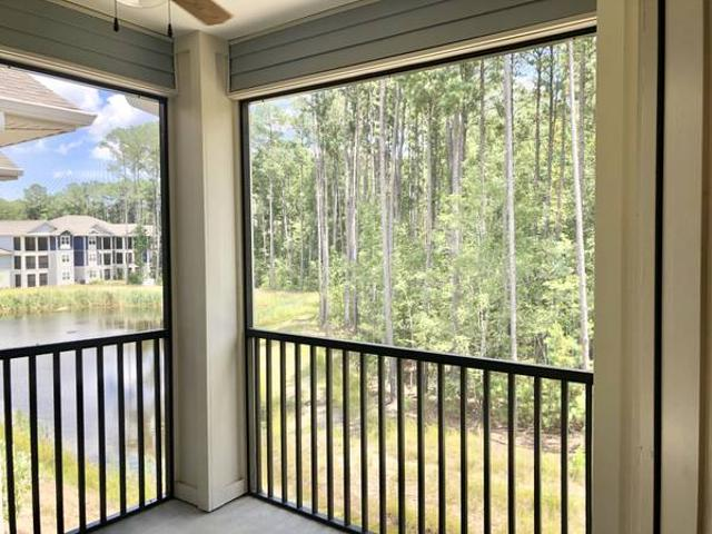 Move In Next Week Gorgeous Lagoon View From Your Screened In Patio Bluffton