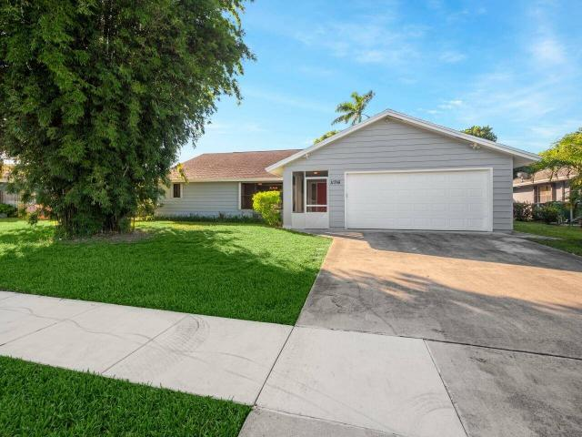 Move In Ready Well Cared For 4 Bedroom, 2 Bath Home In Desirable Hoa Free Eastwood Of Well...