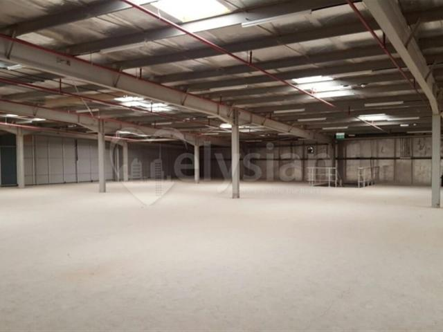 Multi Functional Massive Warehouse For Sme 220kw Aed 12,000,000