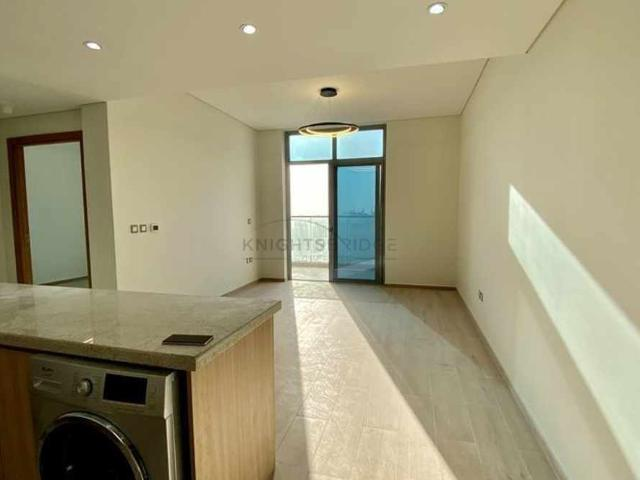 Multiple Cheqs | 1br Chiller Free | Close To Metro