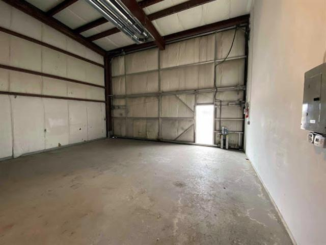 Nashua, Airplane Hanger For Sale. End Unit # 7e