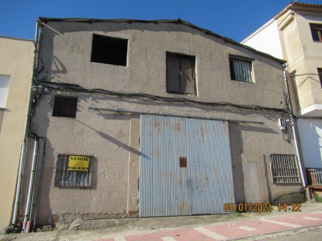 Nave En Venta En Torre De Don Miguel, Cáceres