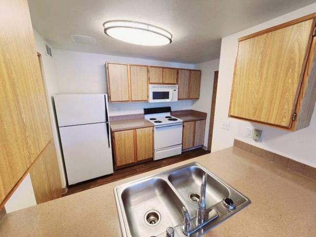 Needing A New 1 Bedroom Apartment Home Ours Would Be Perfect For You Near Fairchild Air Fo...