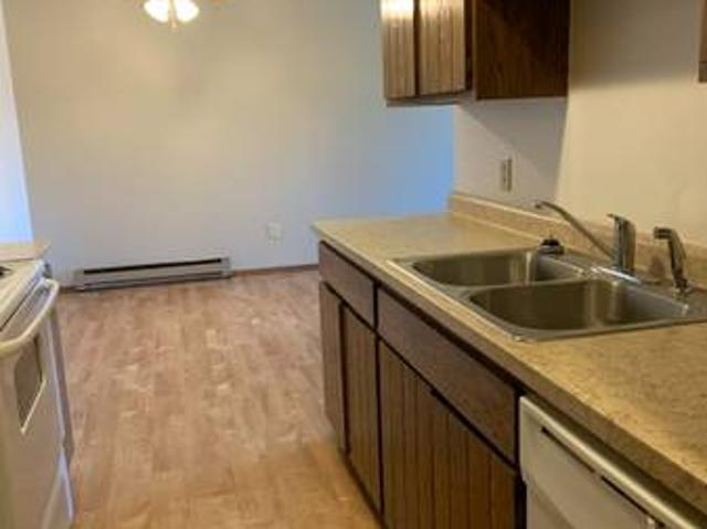 New Balcony New Garage Available Now 2 Bed 2626 Pacific Drive S Fargo, Nd