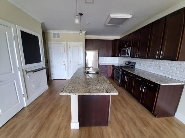 New Building Is Here Lease Today New Amenities Apply Online Frederick