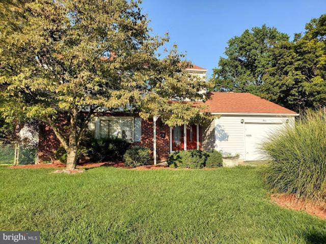 New Castle Four Br 2.5 Ba, Elbow Grease Will Go A Long Way To