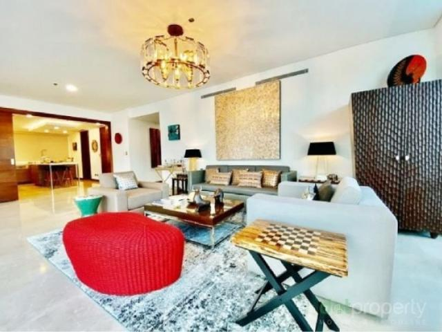 New Luxury Apartment For Rent At Two Roxas Triangle Makati