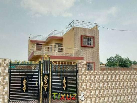 Swell Newly Constructed Duplex With All Modern Beutiful Home Inspiration Aditmahrainfo