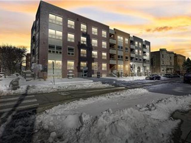 Newly Constructed Renovated 4 Bed 2.5 Bath Condo!
