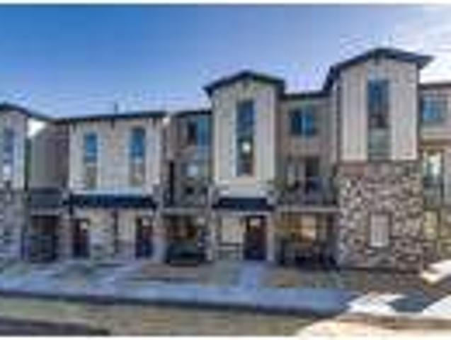 Newly Constructed Town Home In Castle Rock 1570 Castle Creek Circle
