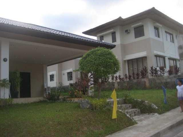 Single Detached House In Resort Type Subdivision