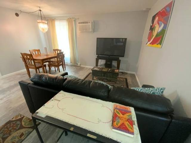 Newly Remodeled 1 Bedroom Madison