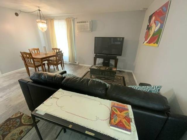 Newly Remodeled 1bd Apartment Short Term Madison