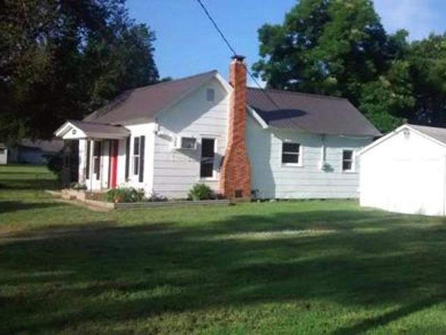 Newly Remodled 2 Bedroom 1 Bath Home With Pecan, Apple, And Pear Trees Near Lake