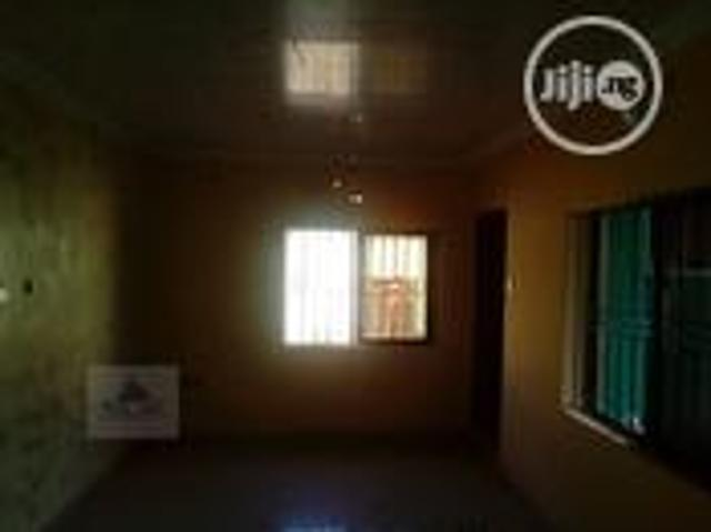 Newly Renovated 2 Bedroom Flat Is Available For Rent