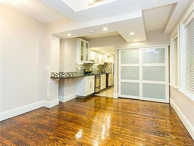Newly Renovated Charming Studio In Beacon Hill