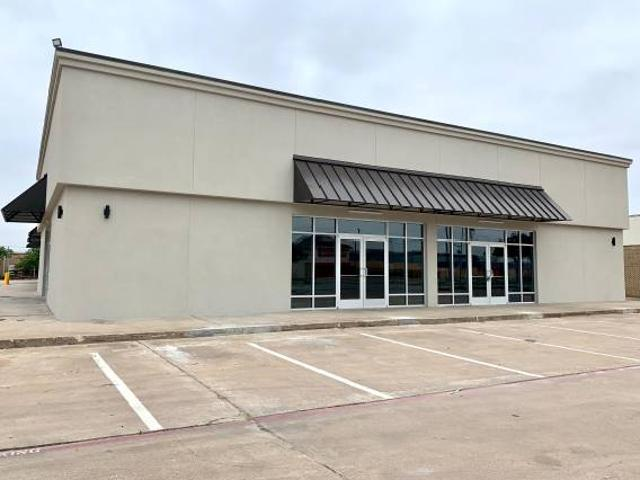 Newly Renovated Retail Space Northwest Dallas