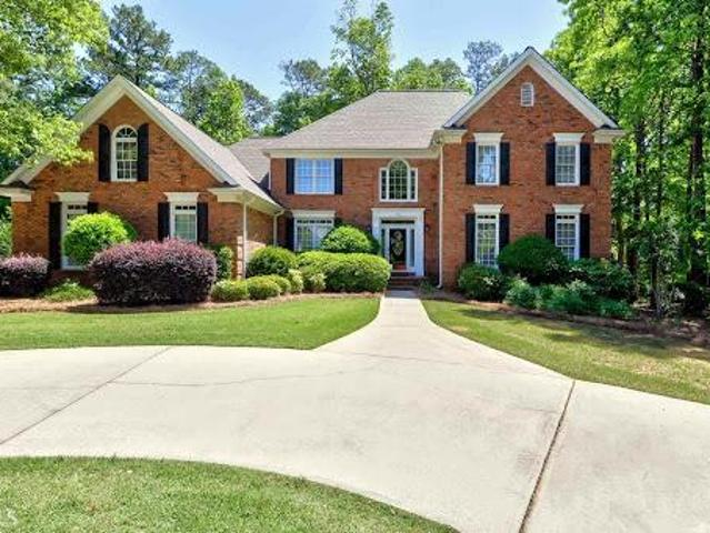Newnan Five Br 3.5 Ba, Gorgeous 4 Sided Brick Home In Sought