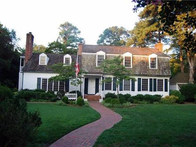 Newport News Four Br, Large Beautifully Landscaped.8ac Lot 4