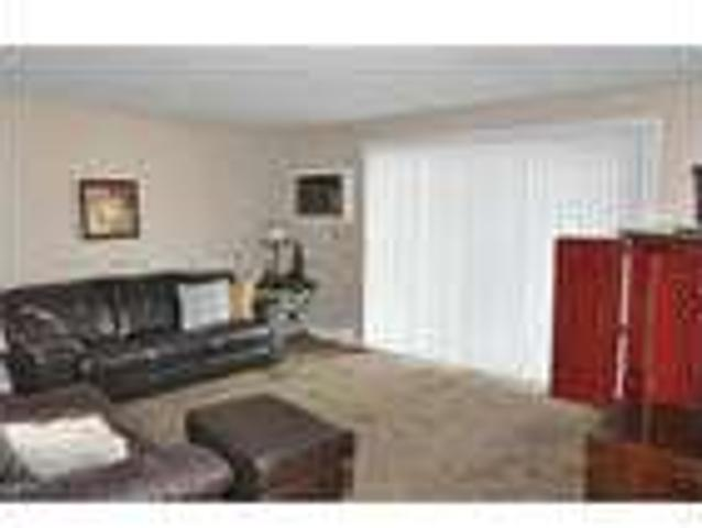 Nice Condo Two Br And Two Ba On One Level. Heat Included! Available Now!