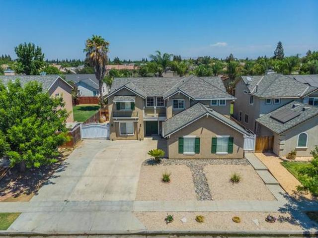 Nice House For Sale In Clovis Excellent Location Pool Ashlan And Locan