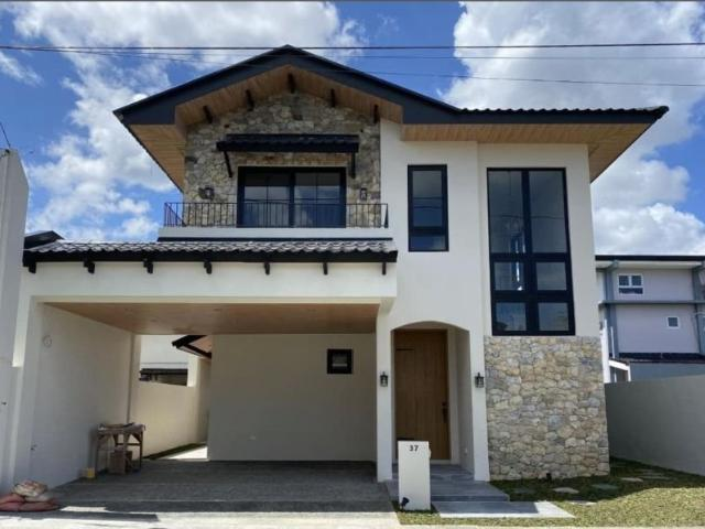 Nice & New House For Sale By Ayala Land Near Nuvali And Makati