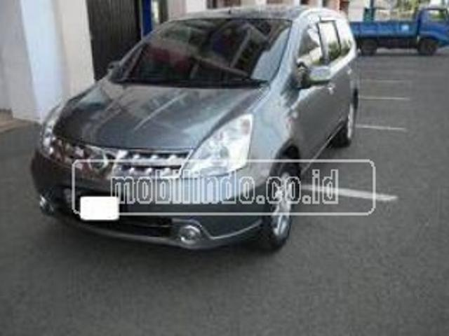 Nissan Grand Livina 1.8 Ultimate A/t