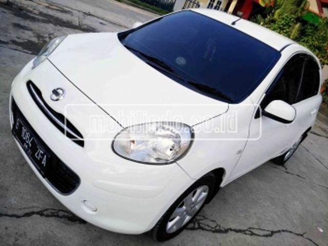 Nissan march 1 2 l xs at