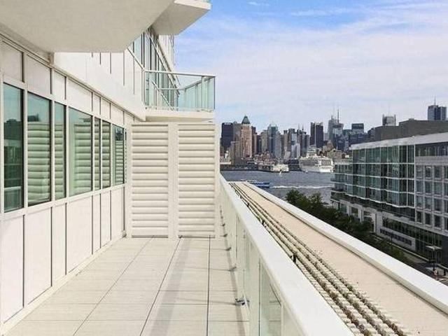 No Fee Bright And Spacious 2 Beds 2 Baths With 300sq Ft Terrace Weehawken Waterfront