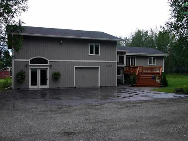 North Pole Real Estate Home For Sale. $383,000 5bd/three Ba. G