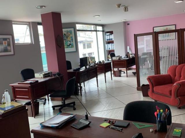 Oficina En Venta En Bogotá La Cabrera Vone121127227