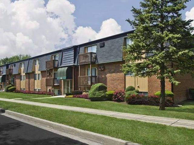 One Bedroom Apartment Home Ready September Pre Lease Now 239 Orville St Fairborn, Oh