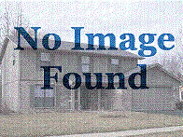 One Br Apartment In Quiet Building South Bend. Pet Ok!