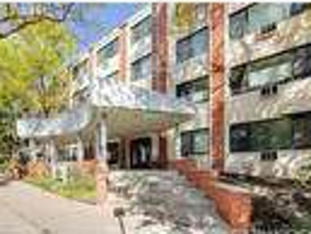 One Br In Minneapolis Mn 55410