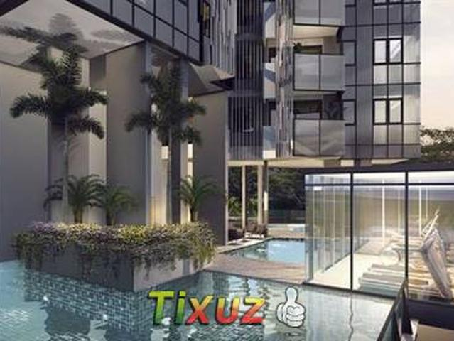 One Meyer D15 Apartment For Sale