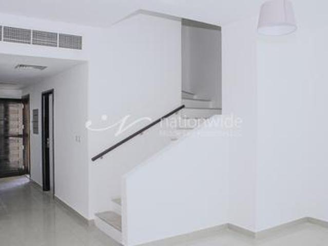 One Of A Kind Single Row Villa With Rental Back