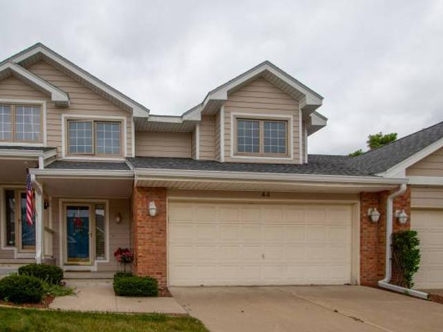 Open House Sat, 0717 At 12 2pm Immaculate 1.5 Story Townhome West Des Moines
