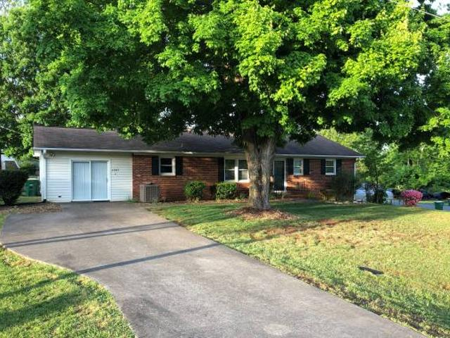 Open Housefor Sale By Owner W S Address But Is In The Heart Of Clemmons