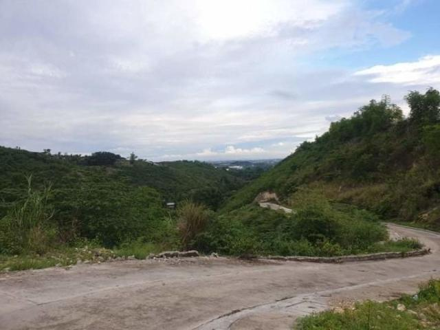Overlooking 208 Sqm Lot For Sale In Vista Verde Consolacion Cebu With Scenic City Views